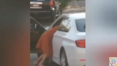 صورة شاهد بالفيديو: شاب وفتاة ارتكبا أفعالا مخلة بالآداب في الطريق العام والشرطة بالمرصاد
