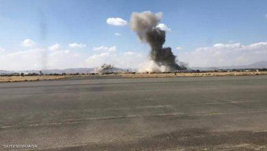 صورة انفجار مخازن أسلحة للحوثيين بمطار صنعاء